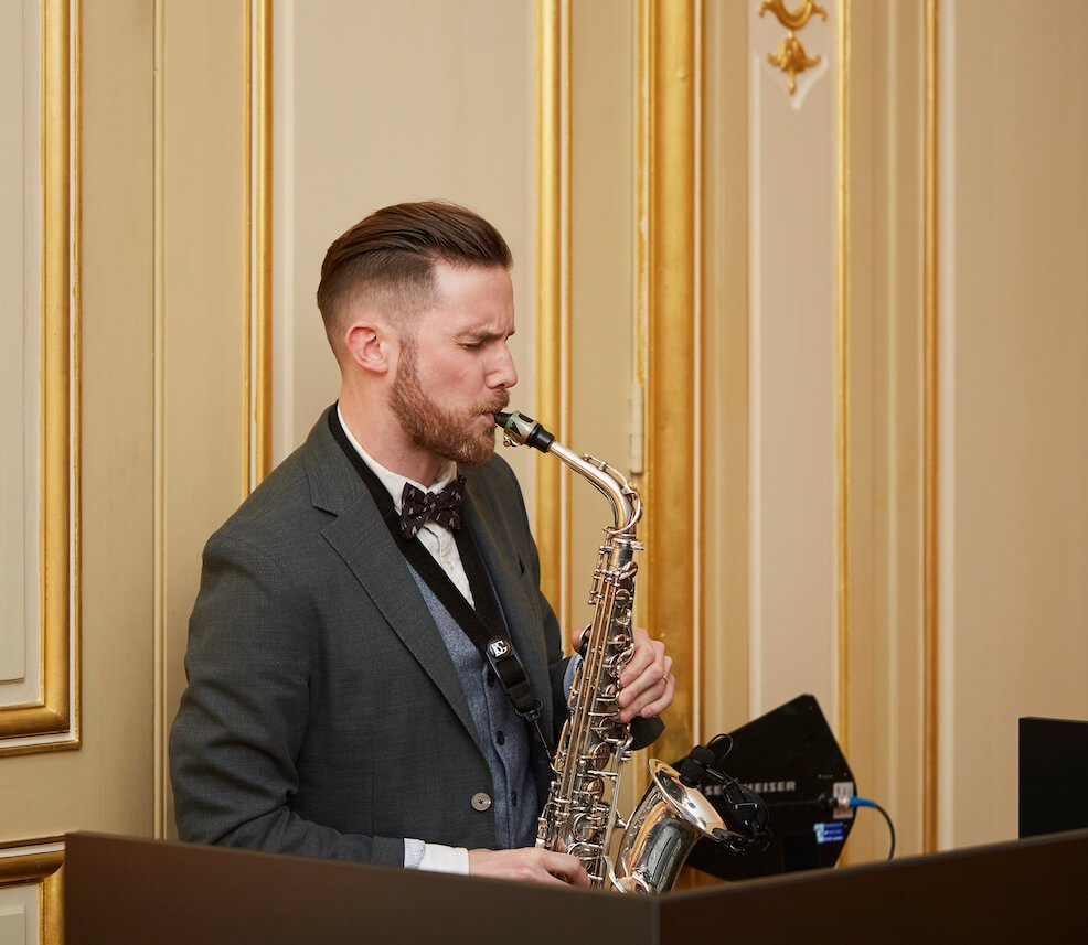 Saxophone Player London | Professional Saxophonist | Sax Player London